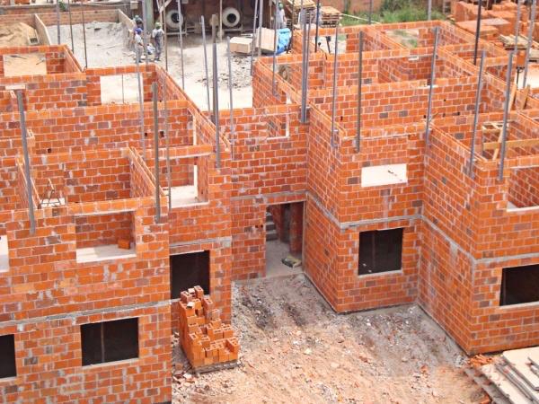 Adequação das normas de componentes cerâmicos às novas demandas da construção civil